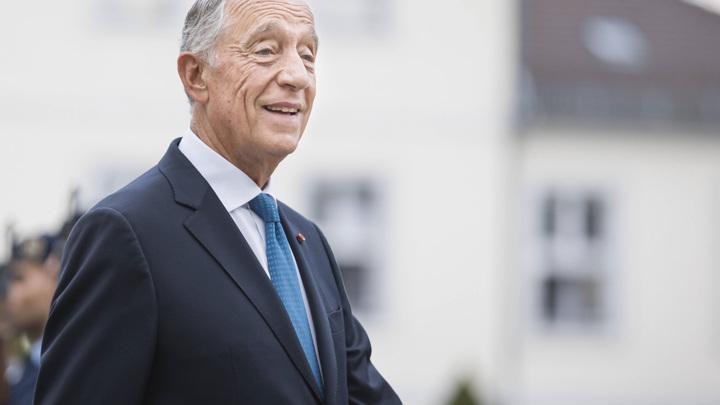 Президент Португалии Марселу Ребелу ди Соуза вновь избран главой страны