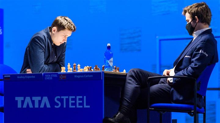 Шахматы. Есипенко обыграл чемпиона мира Карлсена