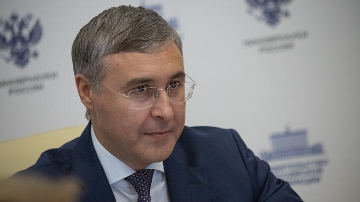Минобр РФ провел оперативное совещание после беседы новосибирского студента с Путиным