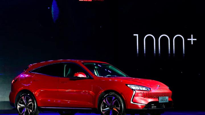Huawei пояснила свое участие в производстве электромобилей