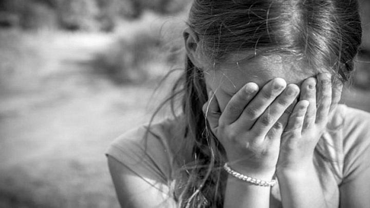 Девочка-лунатик: названа причина падения юной сибирячки с 7 этажа