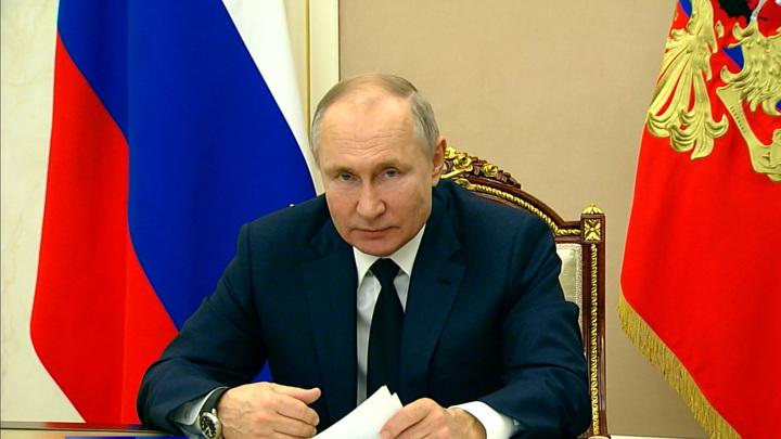 Путин считает крайне важной работу с соотечественниками за рубежом
