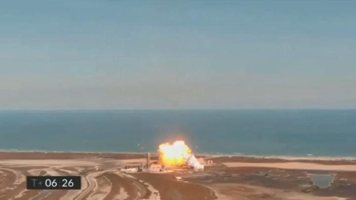 Космический корабль Илона Маска снова потерпел крушение