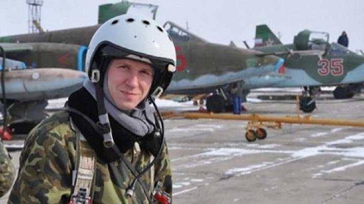 Памятник Герою России Роману Филипову установили в Сирии