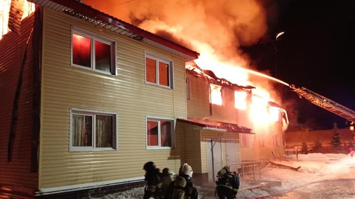 На месте масштабного пожара в Мурманской области найден труп