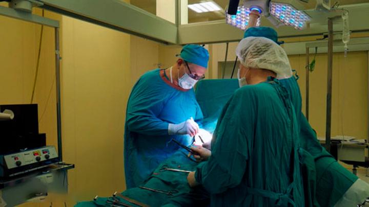 В Татарстане хирург спас мать пятерых детей с тяжелым ранением сердца
