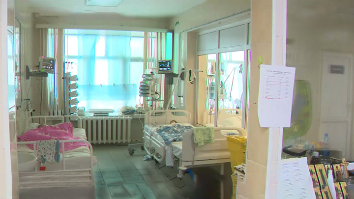 Школьницы, лечившиеся от коронавируса, совершили побег из больницы