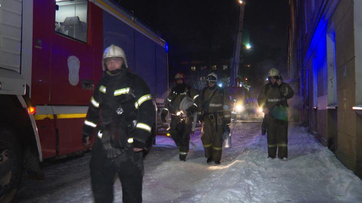 27 работников нелегальной фабрики пострадали при пожаре в Подмосковье