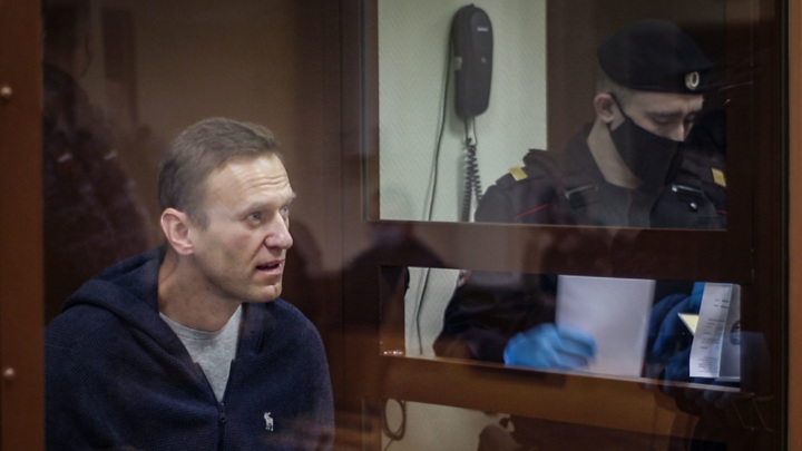 Путин объяснил, за что сидит Навальный