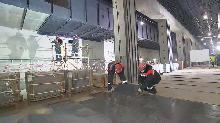 До 2024 года за МКАДом построят 8 станций метро