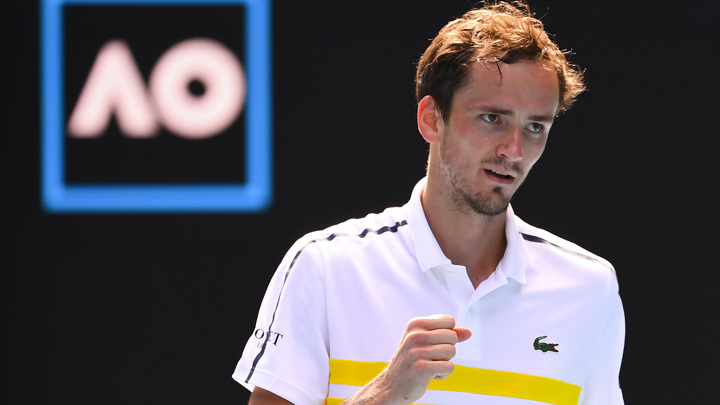 Медведев оставил Рублева без полуфинала Australian Open