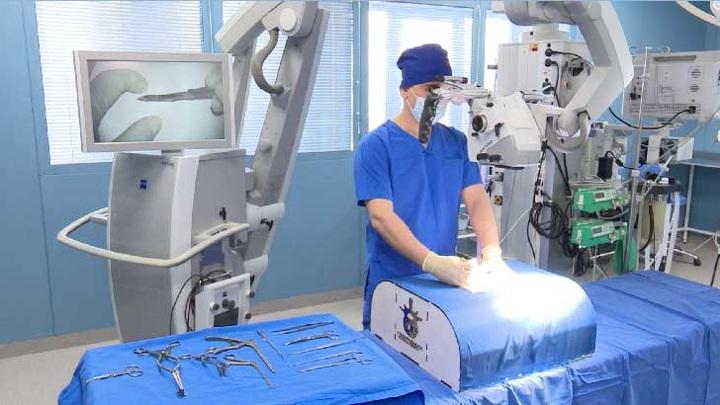 На Урале школьники создали уникальный симулятор для нейрохирургов