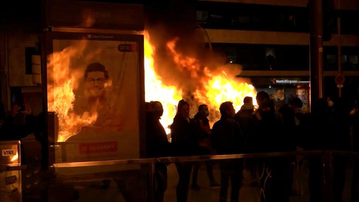 Это совсем другое: Евросоюз в упор не видит протесты в Испании