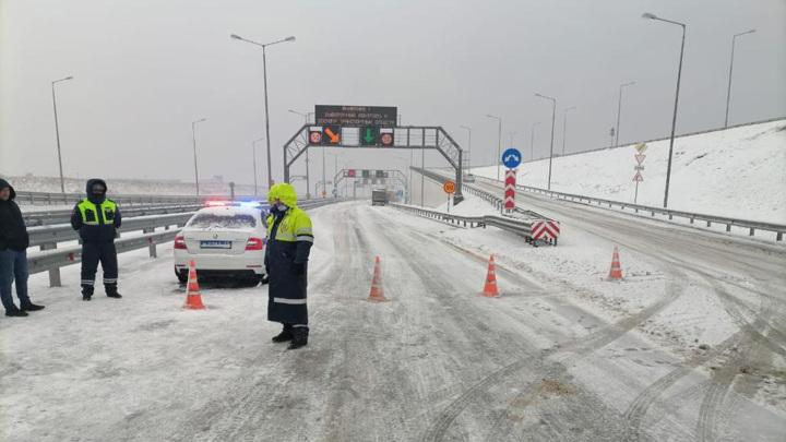 В Крыму введут режим ЧС из-за снегопада