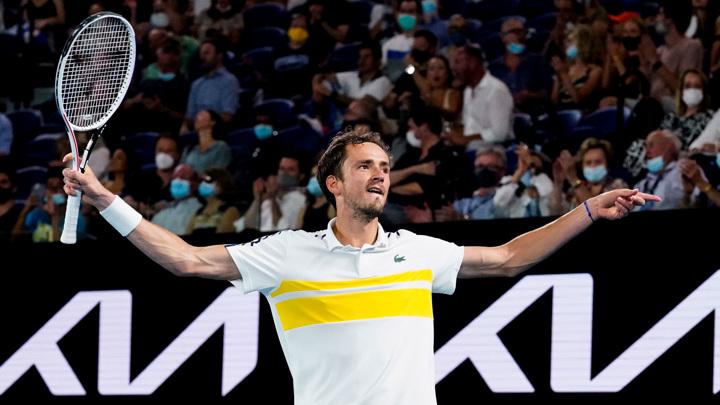 Медведев поднялся на третье место в рейтинге ATP, Карацев – 42-й