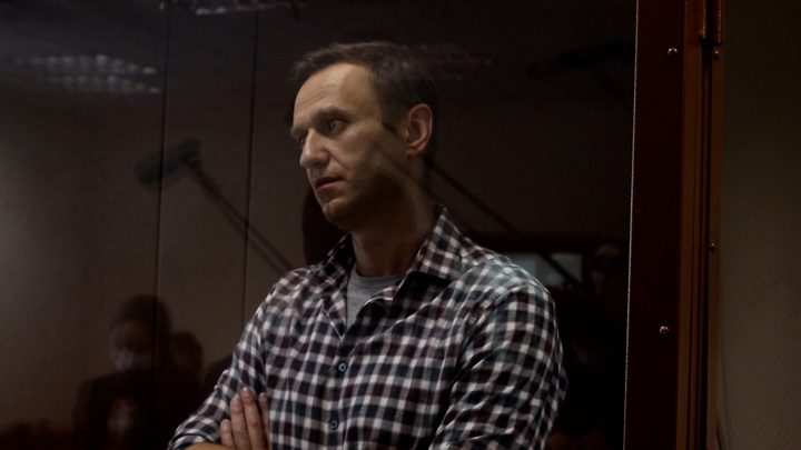 """Суд признал законным отказ возбудить дело об """"отравлении"""" Навального"""