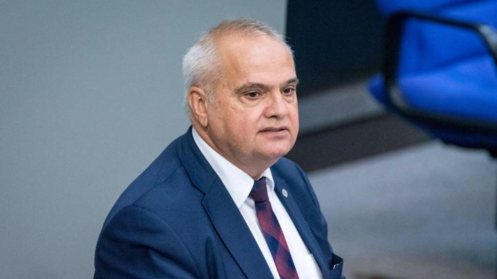 Депутат бундестага: политика Зеленского напоминает политику нацистов