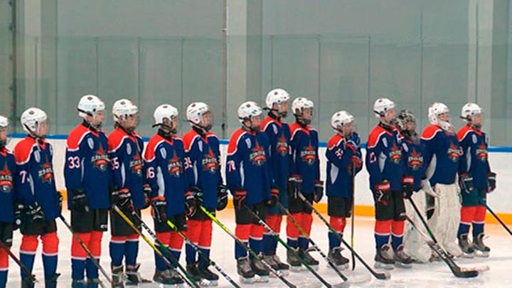 Академия хоккея имени Валерия Харламова открылась в Петербурге