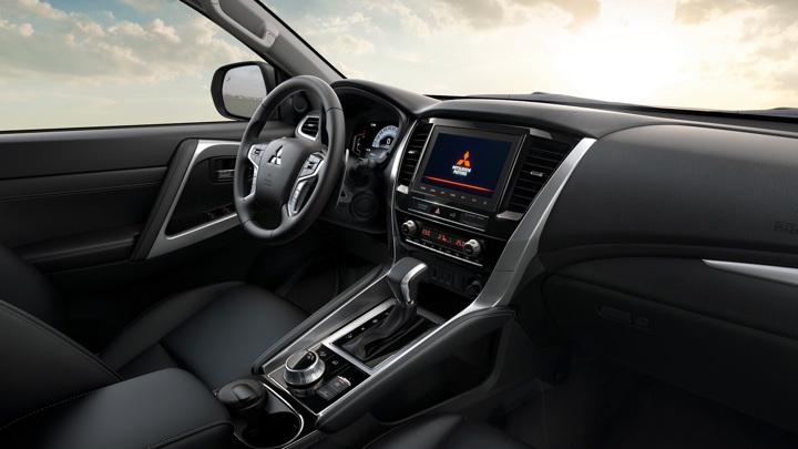 Mitsubishi объявила рублевые цены на обновленный Pajero Sport
