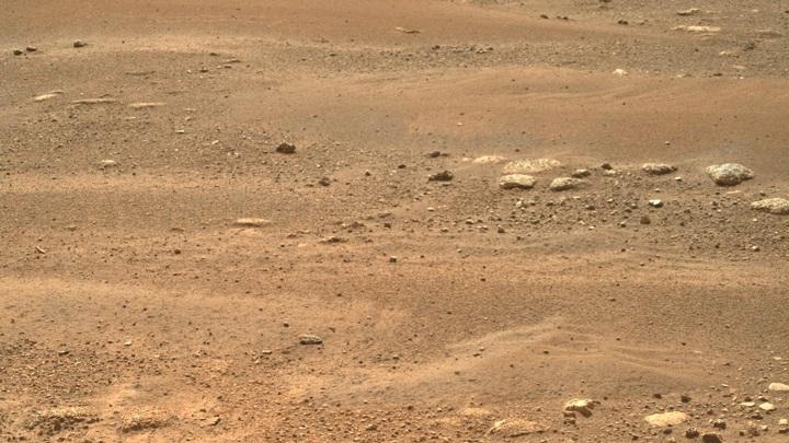 За неделю пребывания на Марсе Perseverance успел сделать несколько тысяч снимков.