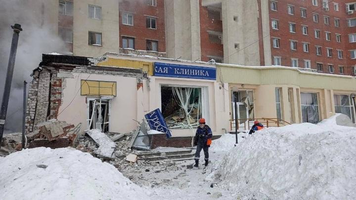 Спасатели ищут двух женщин под завалами дома в Нижнем Новгороде