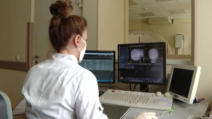 Вакцина работает: краснодарские больницы сокращают места для больных ковидом
