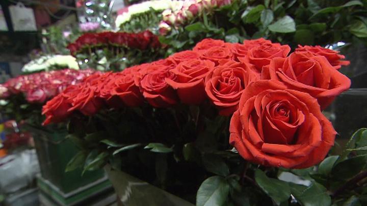 Врачи дали советы по выбору цветов на 8 Марта