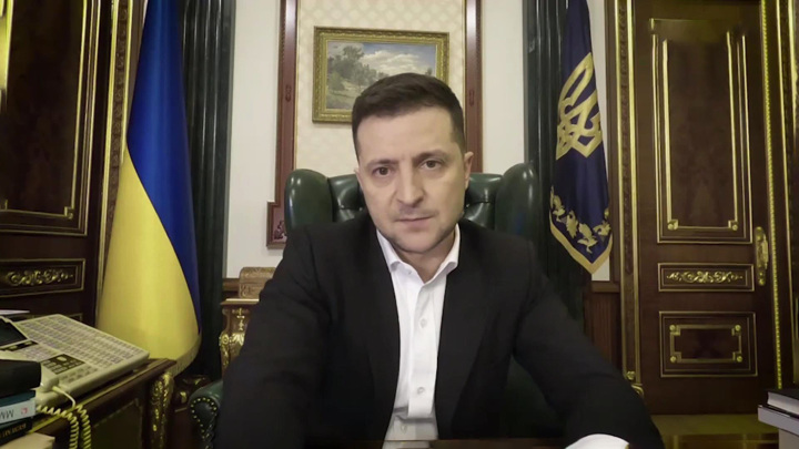 На Украине приостановили госфинансирование партии Зеленского