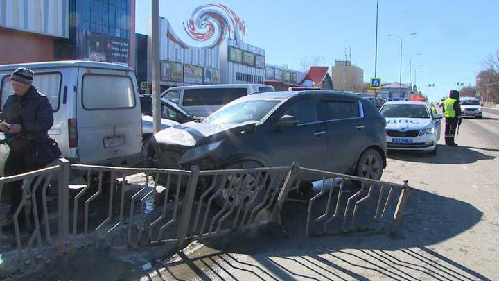 Под Орлом произошло тройное ДТП с пострадавшими