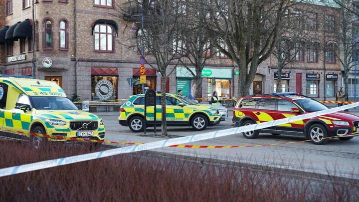 В Швеции неизвестный ранил 8 человек