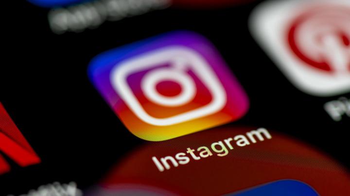 Роскомнадзор затребовал у Facebook списки заблокированных Instagram-аккаунтов