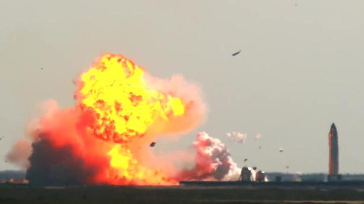 Маск доволен работой SpaceX, несмотря на взрыв Starship