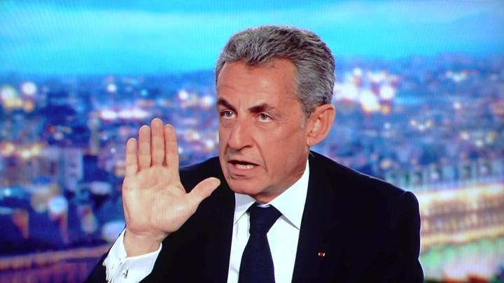 Саркози снова популярен: чем обернулся приговор для экс-президента