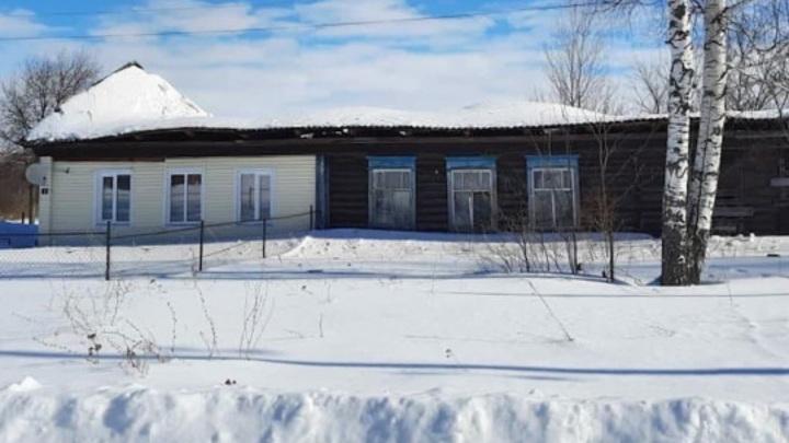 В Сергаче под тяжестью снега обрушилась крыша жилого дома