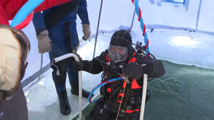 Водолазную станцию быстрого развертывания проверяли спасатели Хабаровска