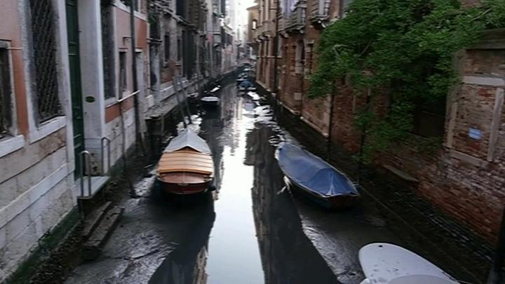 Жители Венеции могут остаться без помощи медиков и полицейских