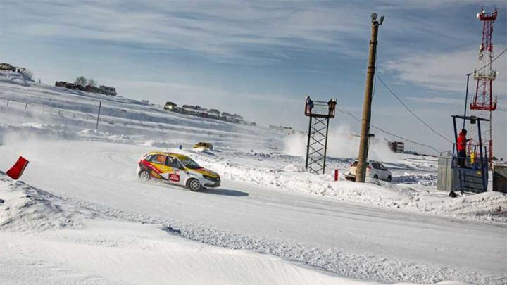 Завершился Кубок России по ледовым автогонкам