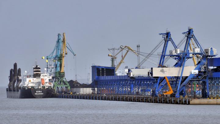 Первая партия белорусских нефтепродуктов поступила в российские порты