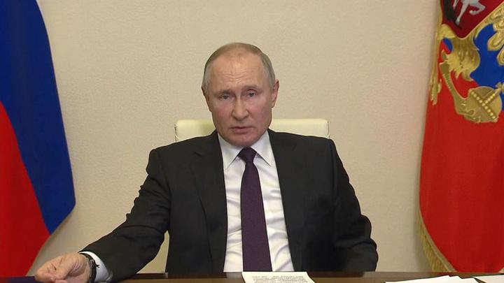 Путин: Россия может экспортировать строительные услуги