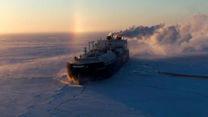 Медведев рассказал о попытках некоторых стран ослабить Россию в Арктике