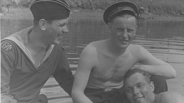 1947 год. ВНИИ ИРПА. Николай Миронов, Василий Васильевич Титков и Виктор Иванович Машинистов