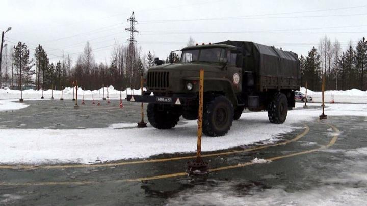 В России стартовала отправка призывников в армию