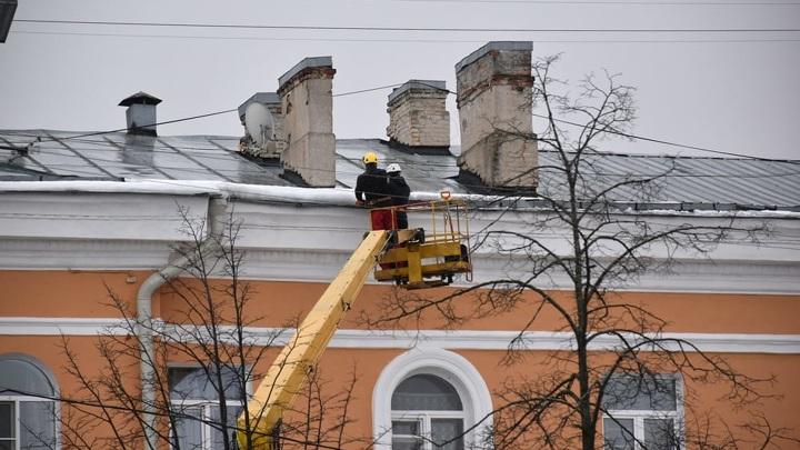 В Петрозаводске задержали директора УК после гибели мужчины от схода льда