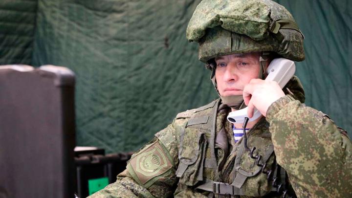Деморализующие СМС и листовки. Российские разведчики заставили противника сдаться