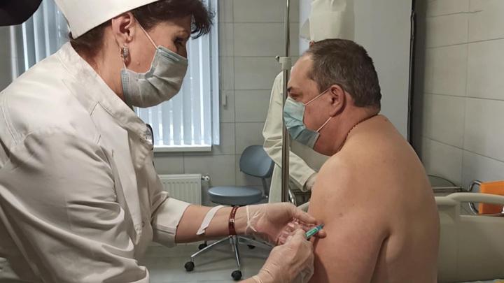 """После вакцинации """"Спутником V"""" не зафиксировано ни одного случая тромбоза"""