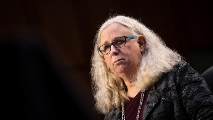 Женщина-трансгендер заняла должность заместителя главы минздрава США