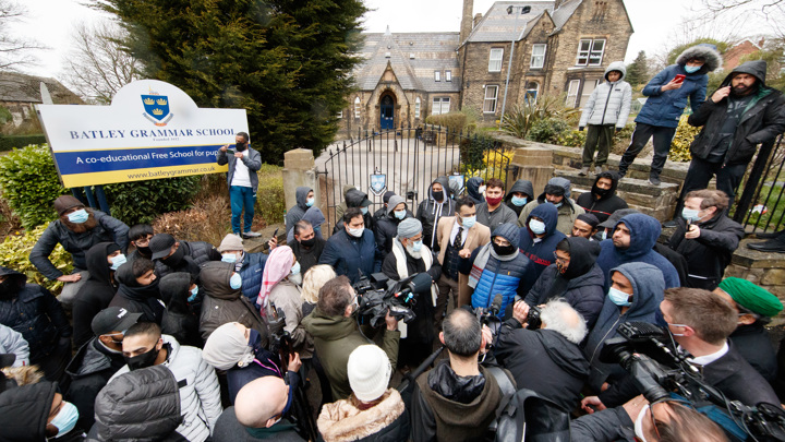Карикатура на пророка: подробности инцидента в британской школе