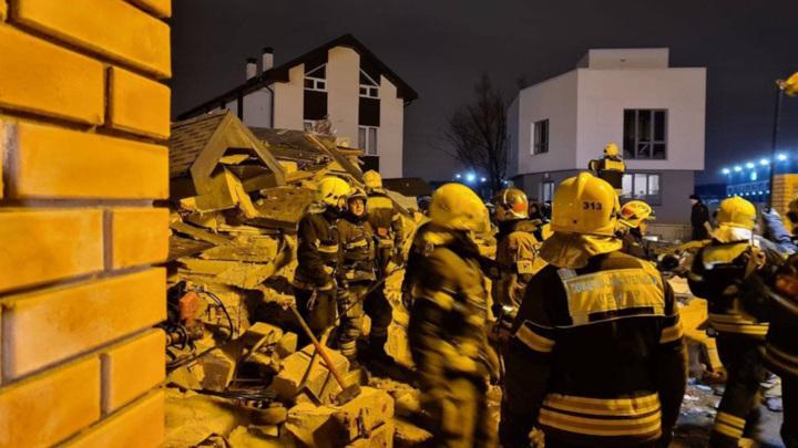 При взрыве в Новой Москве пострадали четверо мужчин и ребенок
