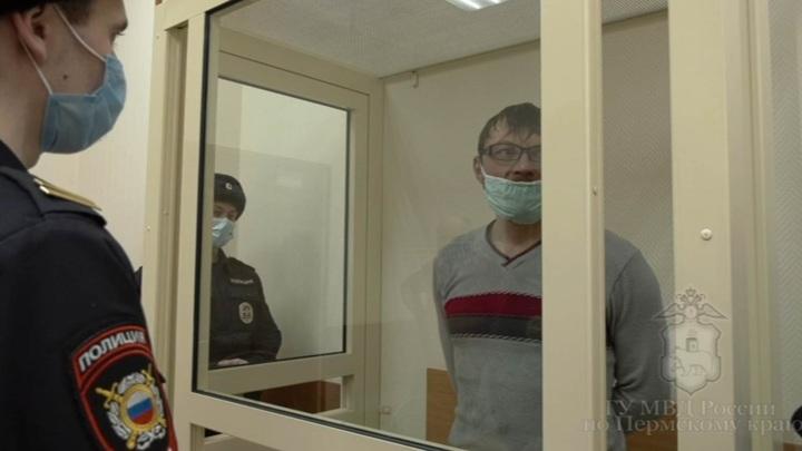 """""""Сам себя ненавижу"""": рецидивист изрезал лицо пермской продавщице"""