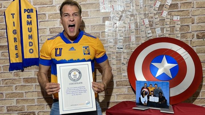 """Фанат посмотрел """"Мстителей"""" 191 раз и установил рекорд Гиннеса"""